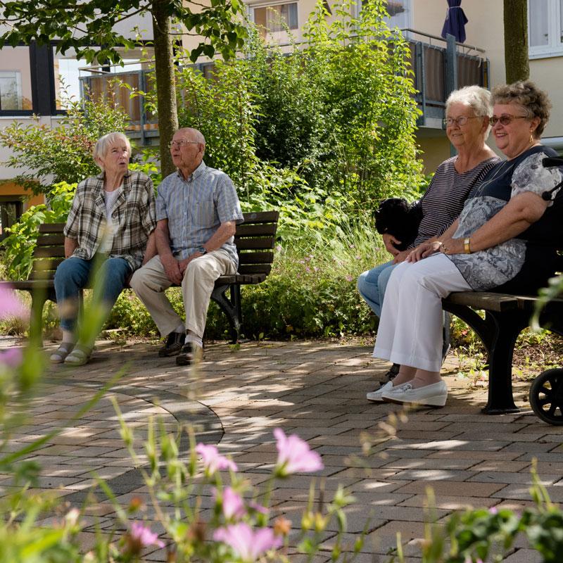 """Begegnung im Sozialen Zentrum Calden """"Wohnen im Park"""""""