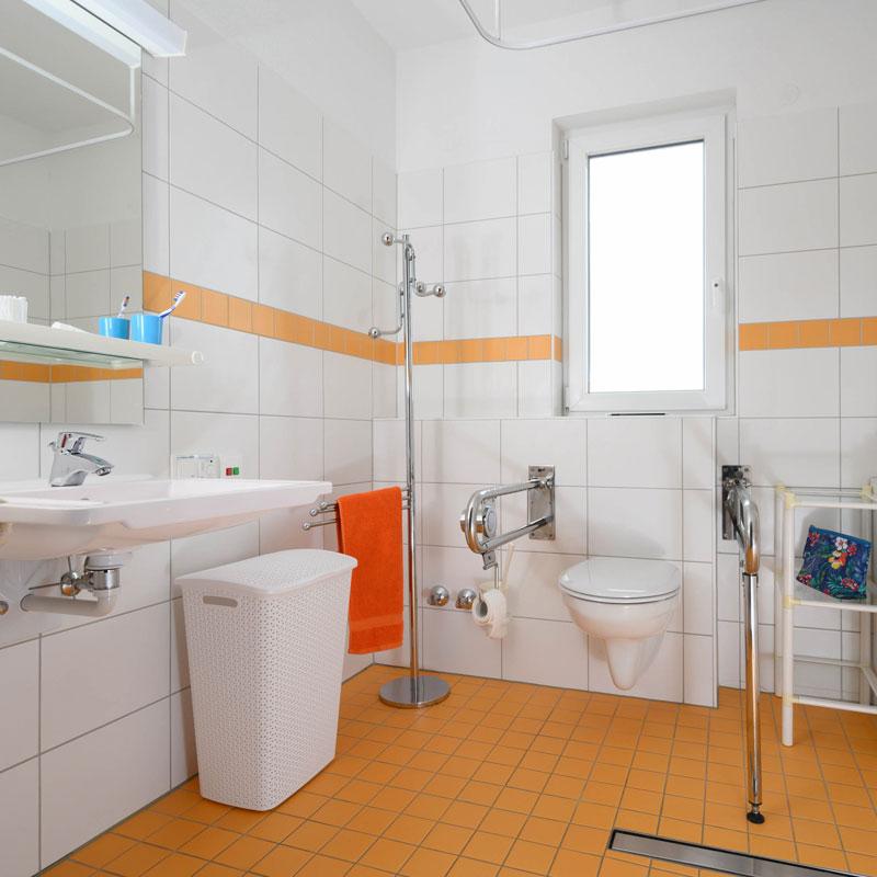 Bad der Wohngemeinschaft Soziales Zentrum Calden