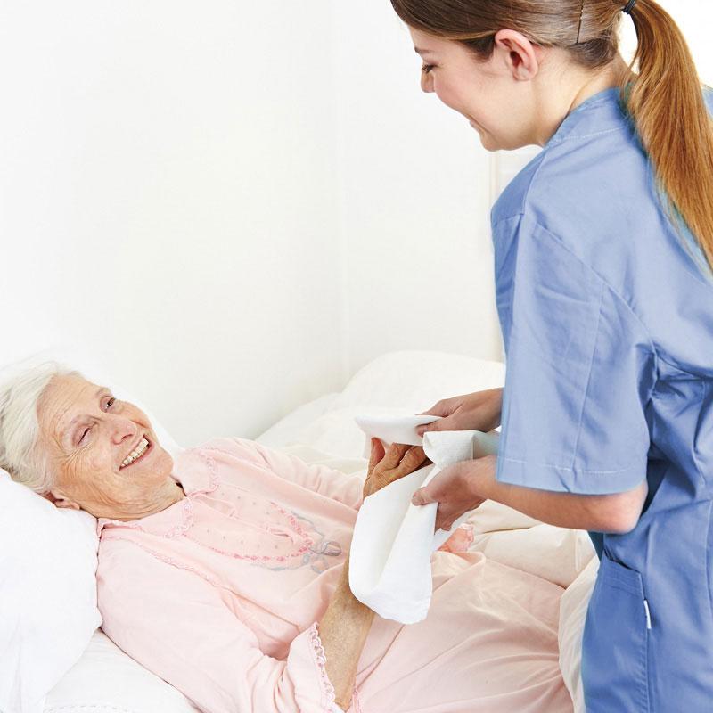 Körperpflege des ambulanten Pflegedienstes der Werk-Hilfe