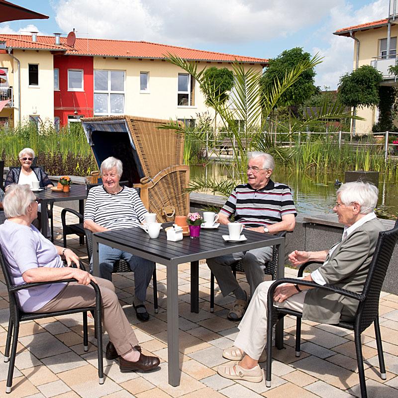 Café am Seerosenteich des Sozialen Zentrums Espenau der Werk-Hilfe